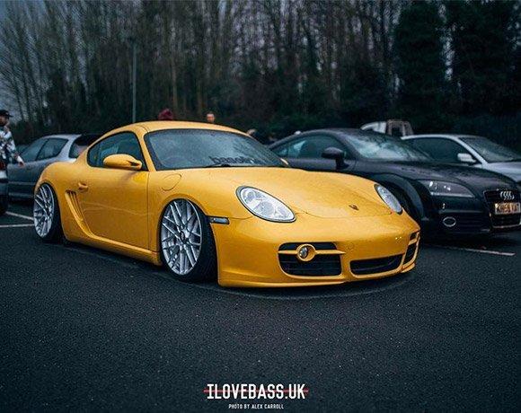 Slammed-Porsche-Cayman